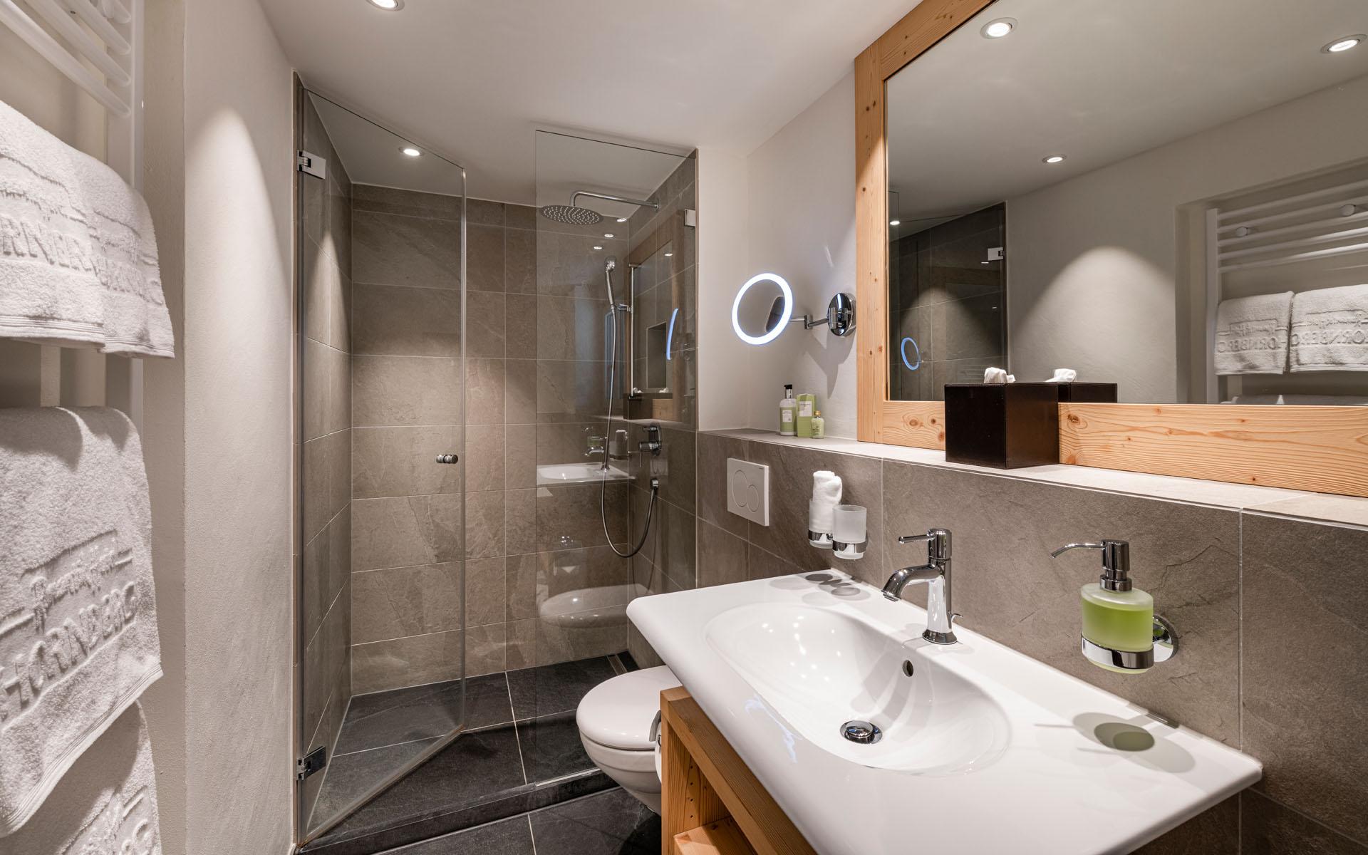 https://fsw-kreatektur.ch/wp-content/uploads/Fsw-Kreatektur-Architektur-Umbau-Hotel-Hornberg-Saanenmoeser-Bad.jpg